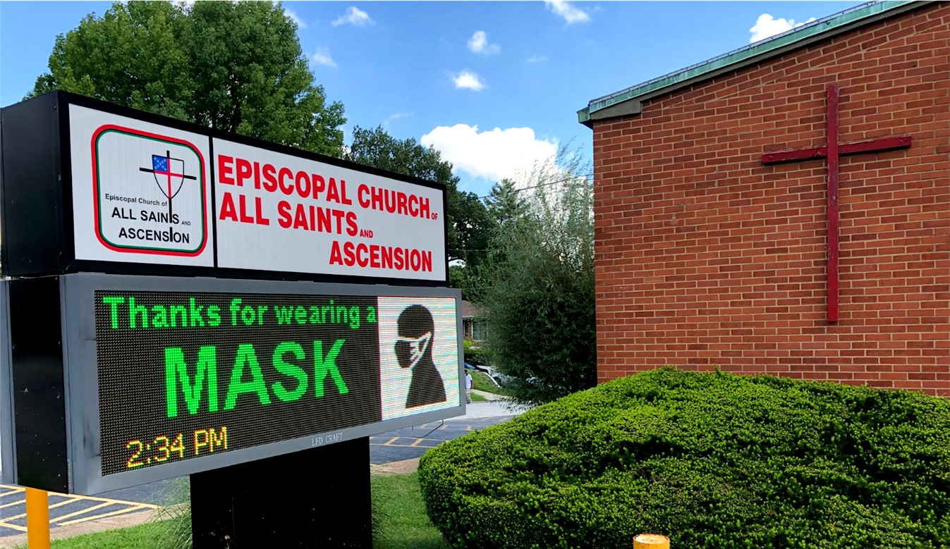 Outdoor Sign-Wear a Mask